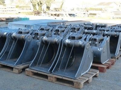 Godets de chantier / Tractor loader Buckets