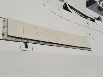 Système de protection anti-RPG pour navire/ Vessel's Anti RPG protection system