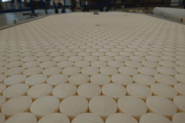 Panneau blindé en céramique / Ceramic armored panel